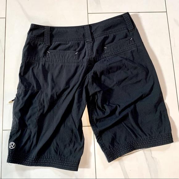 Black Lululemon bermuda / hiking shorts sz 4